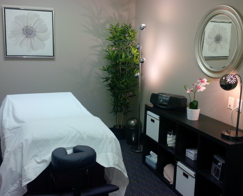 Northwest Calgary Naturopathic Medicine Treatment Room 2